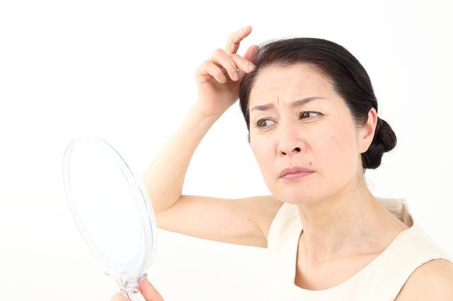 【博士の育毛診療日誌】ダイエットだけじゃない、女性の薄毛・抜け毛の原因