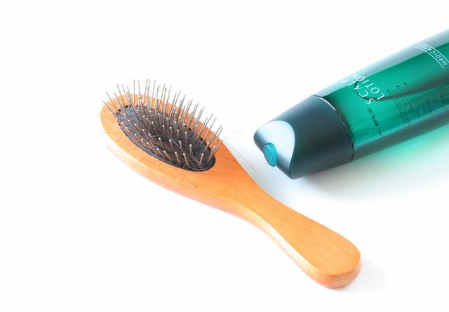 【女性のための育毛講座】育毛剤、男性用と女性用の違い