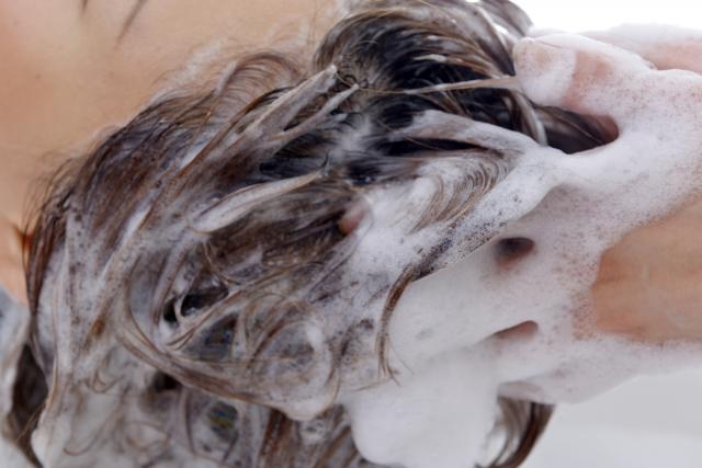 育毛の基本は正しい洗髪にあり!!