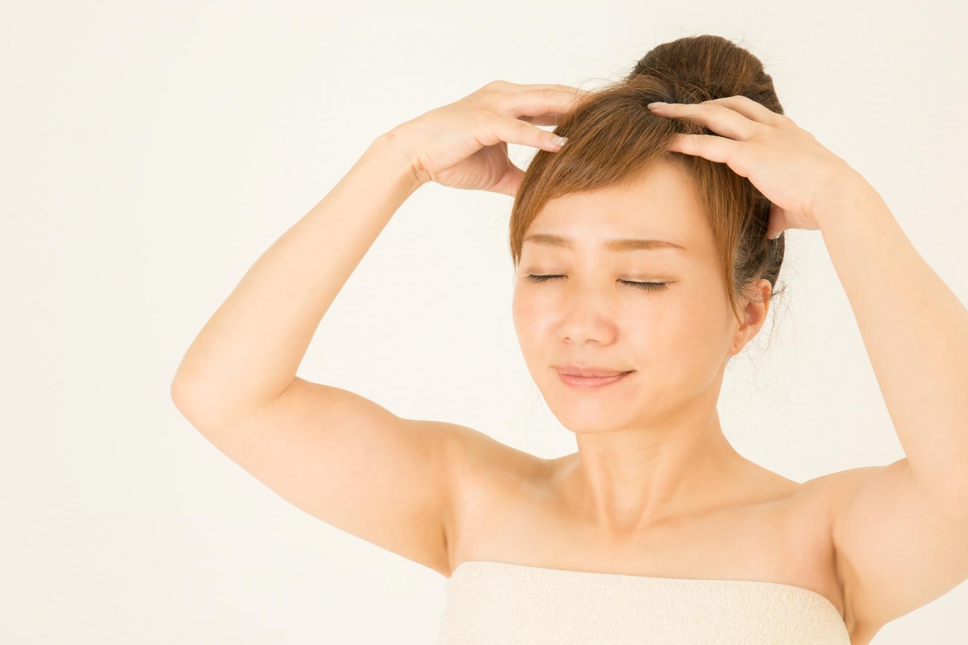 30秒で出来る!髪を育てるための簡単頭皮マッサージ